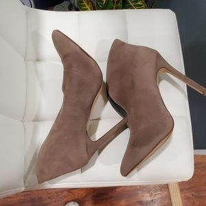 Forever 21 bootie size 7